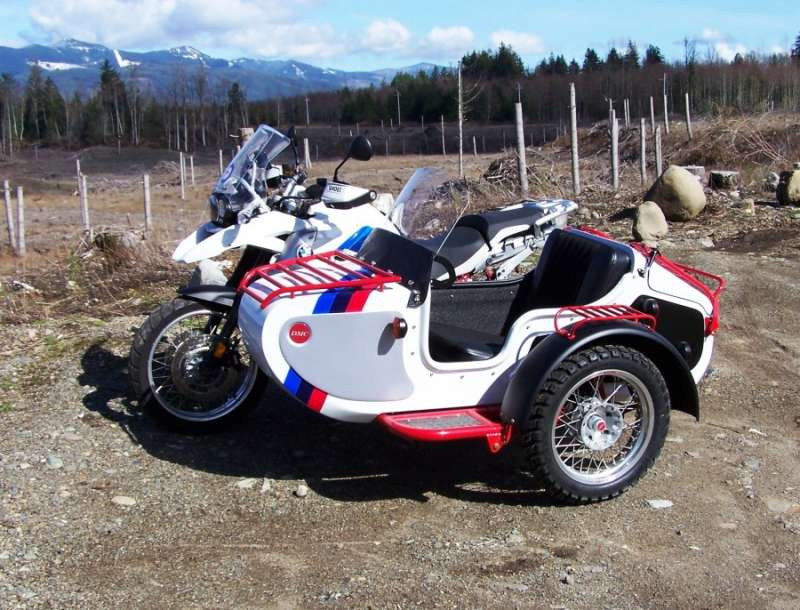 The Expedition Sidecar We have added many of our M72 series options as standard equipment As with all of our sidecars the EXPEDITION comes with motorcycle