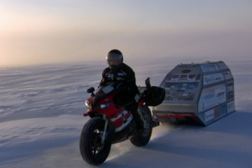 sjaak-r1-ice-ride-2012