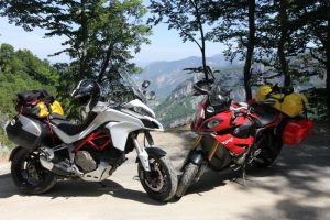 BMW S1000XR Vs Ducati Multistrada