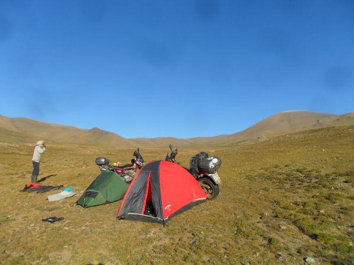 David and Jono camping, Mongolia