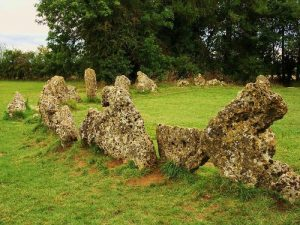 Rollright stones image by Midnightblueowl at English Wikipedia