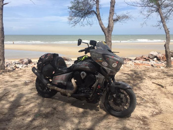 Grizzly round the world ride