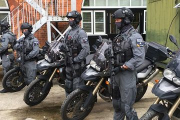 Armed police on BMW F800GS