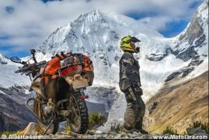 Adventure motorcycling Peru
