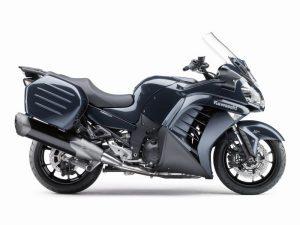 Kawasaki-GTR-1400-2016-pic8