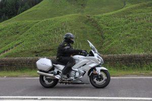Yamaha-FJR-1300-2016-pic4