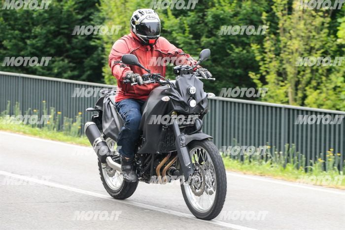 Spy shot of the Yamaha Tenere 700