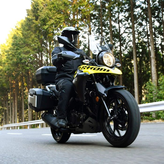 Suzuki V-Strom 250 in action