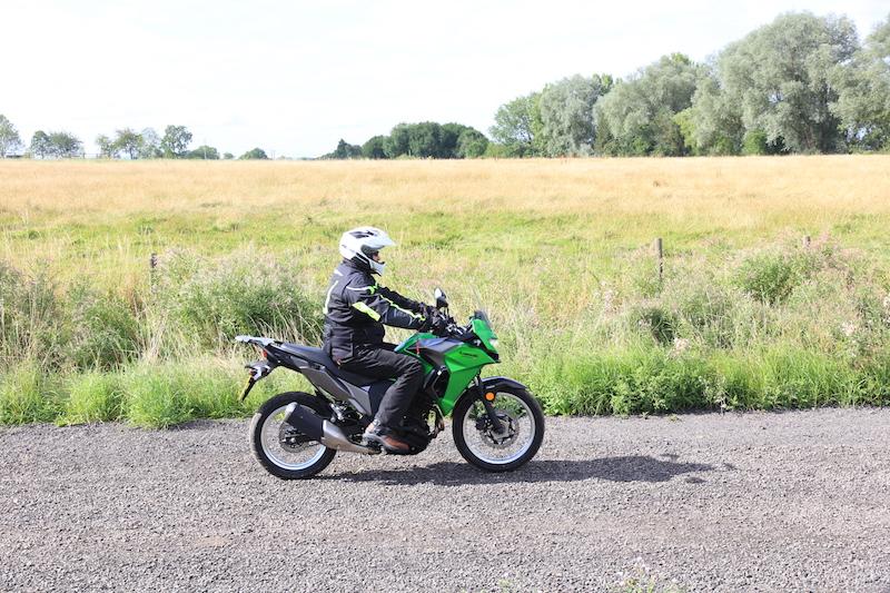 Kawasaki Versys-X 300 side
