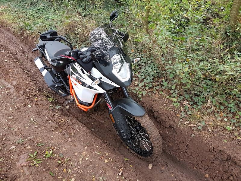 KTM 1090 Adventure R in a rut