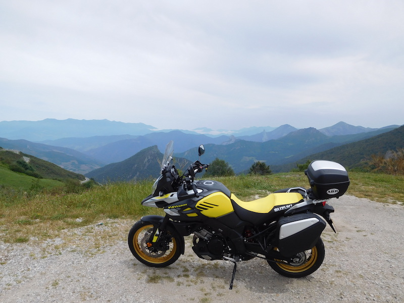 V-strom 1000XT in the mountains of spain