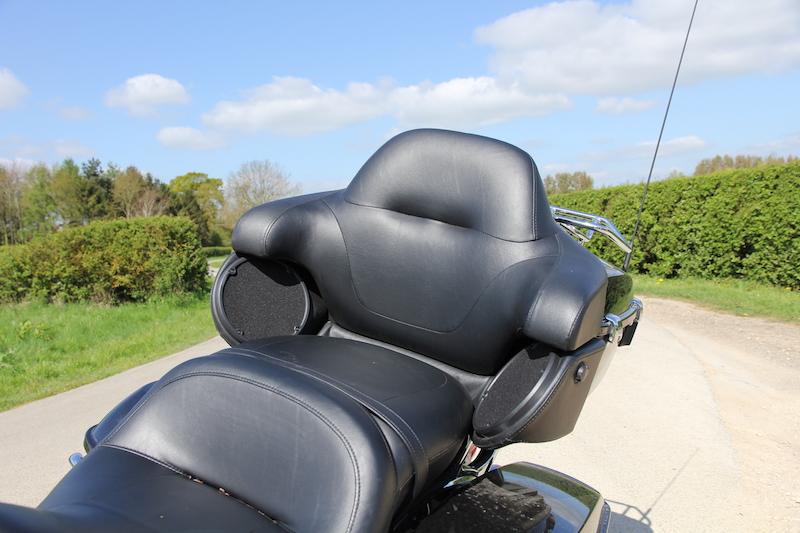 Harley Davidson Ultra Ltd seat
