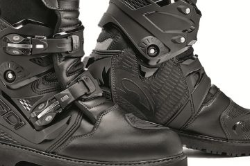 Sidi Adventure 2 Motorcycle boots cropped