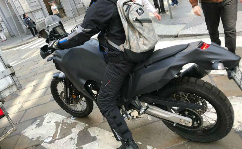 Yamaha Tenere 700 prototype spy shot