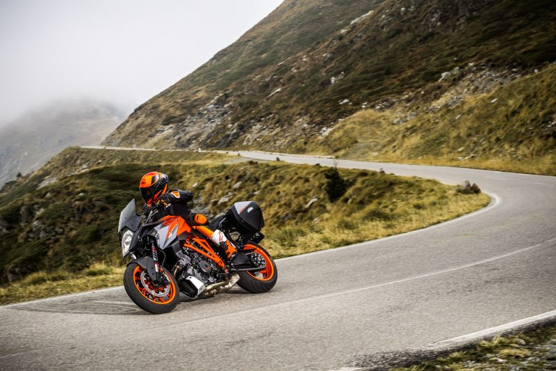 KTM Super Duke GT - Sports tourer with comfort