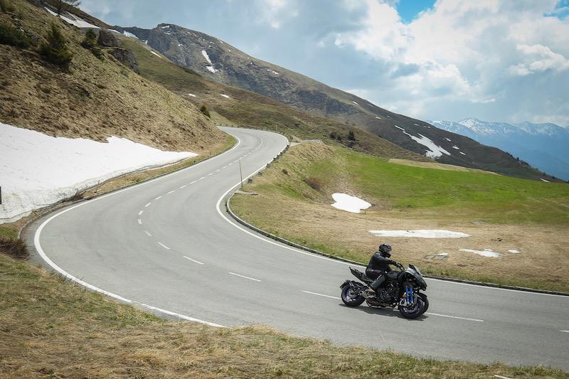 Yamaha Niken 2018 motorcycle review