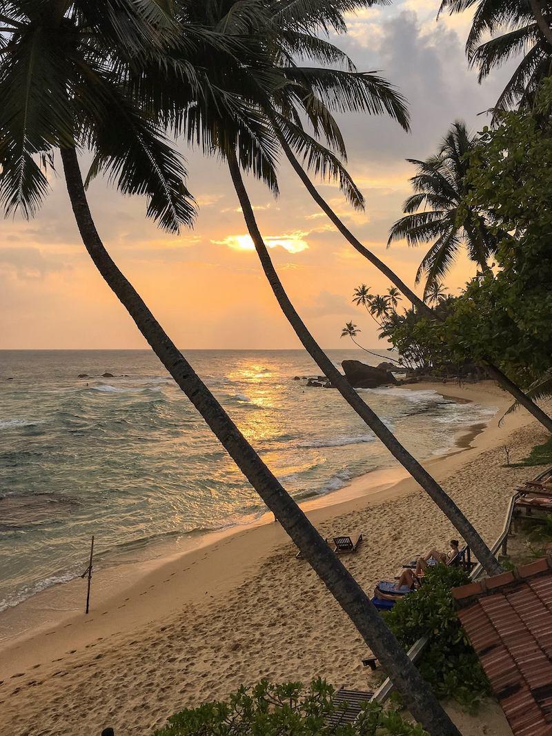 Motorcycle tour of Sri Lanka. Beautiful beaches