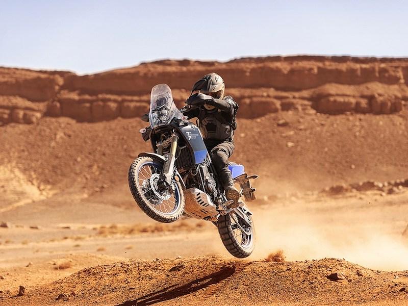 Yamaha-Tenere-Wheelie