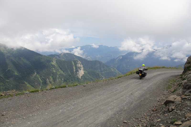 Col de tende gravel road