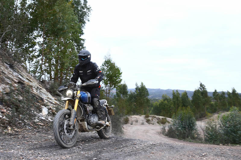 Triumph Scrambler 1200 off-road