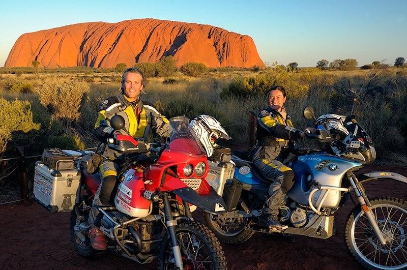 Simon and Lisa Thomas of 2 Ride the World