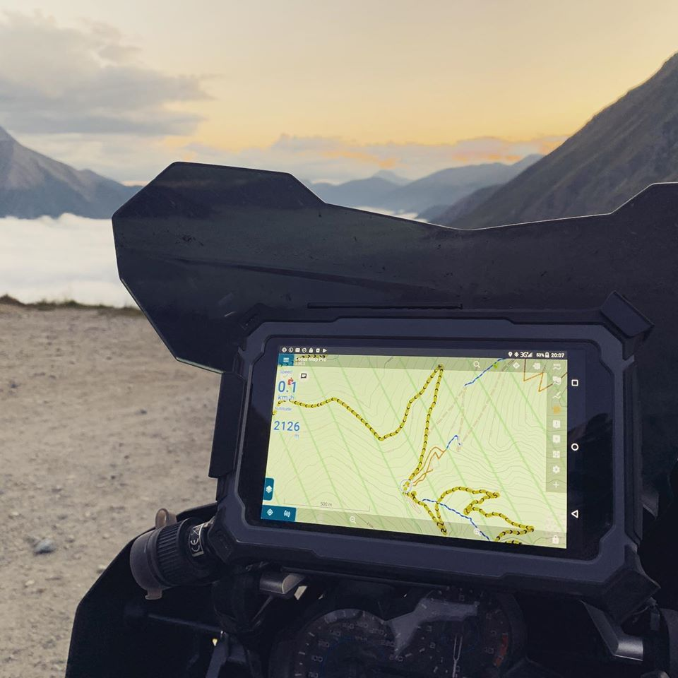 The rugged SatNav designed to explore off road | Adventure Bike Rider