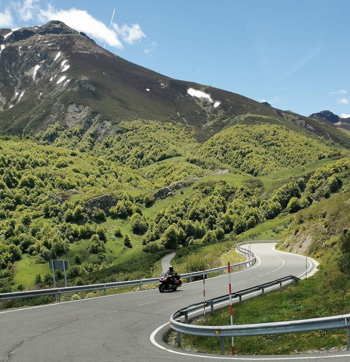 picos de europa mountain range