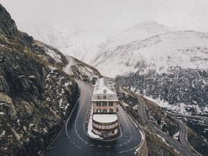 10 things you need to see when touring in Switzerland