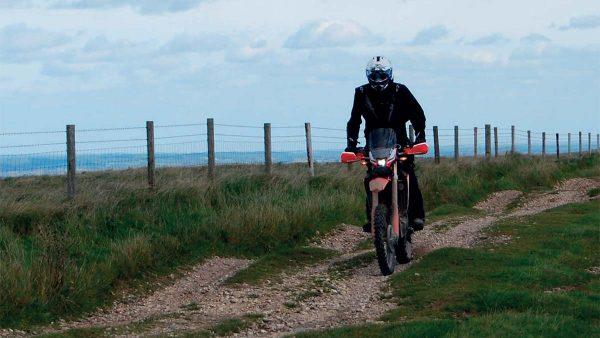 Tackling The Tet: Southern England Julian Challis is on a mission to ride the UK portion of the Trans Euro Trail; in this issue he's hitting the trails from Bristol to Dover