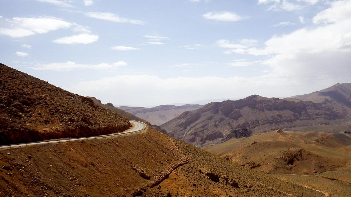 Barren-landscape-morocco-mountains