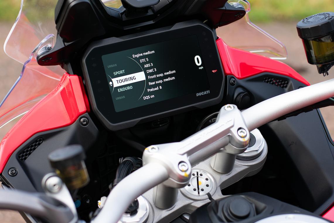 multistrada TFT screen