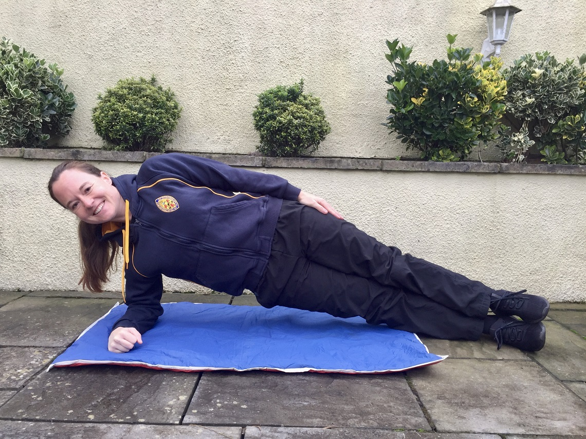Full-side-plank