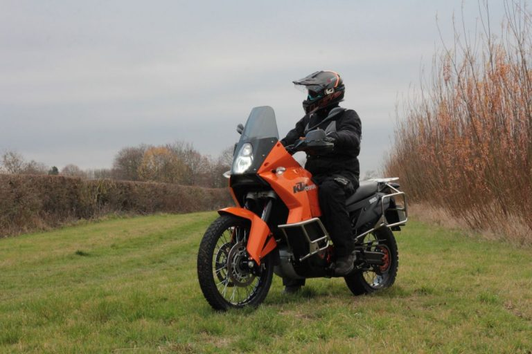 KTM 990 Featured image