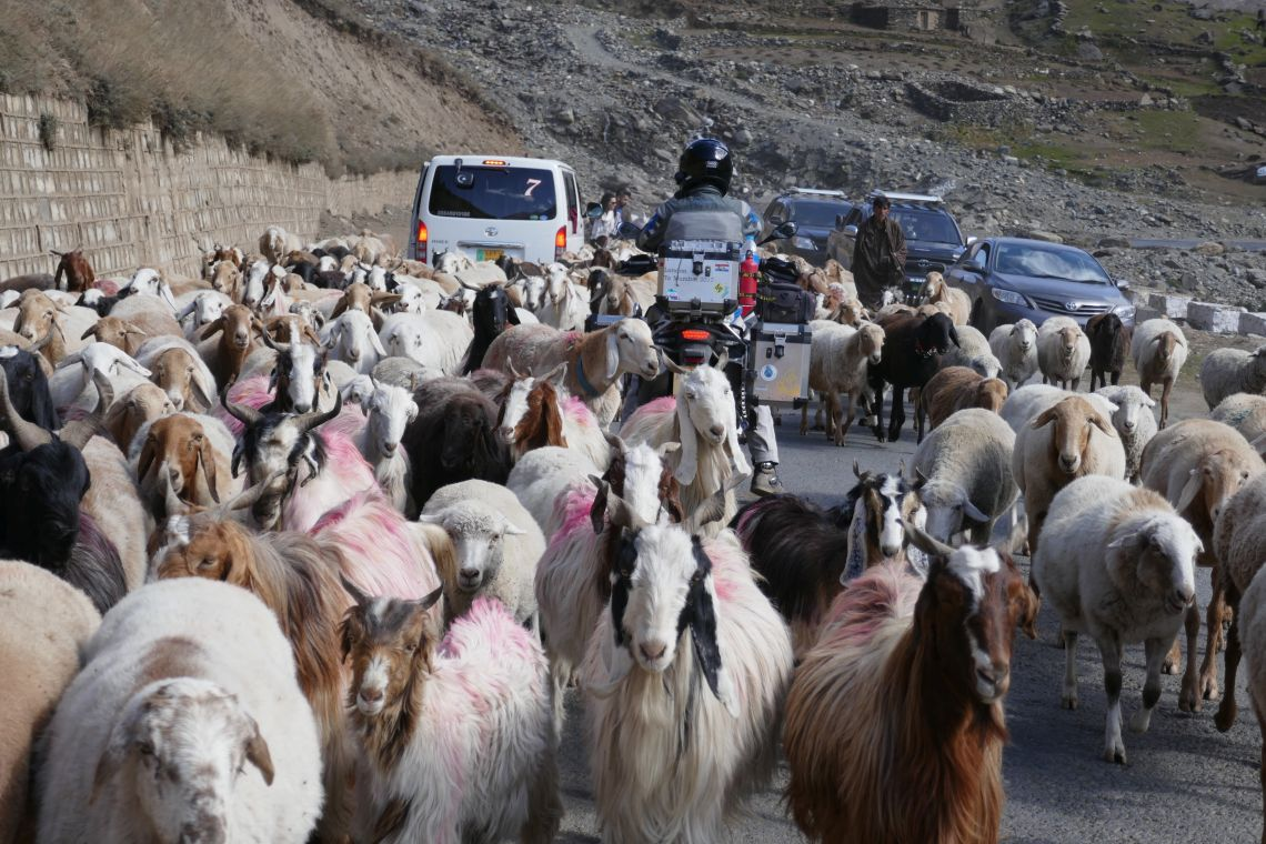 Traffic jam in pakistan