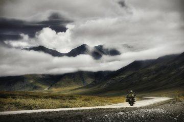 alaska-lisa-mountains-main-image-1