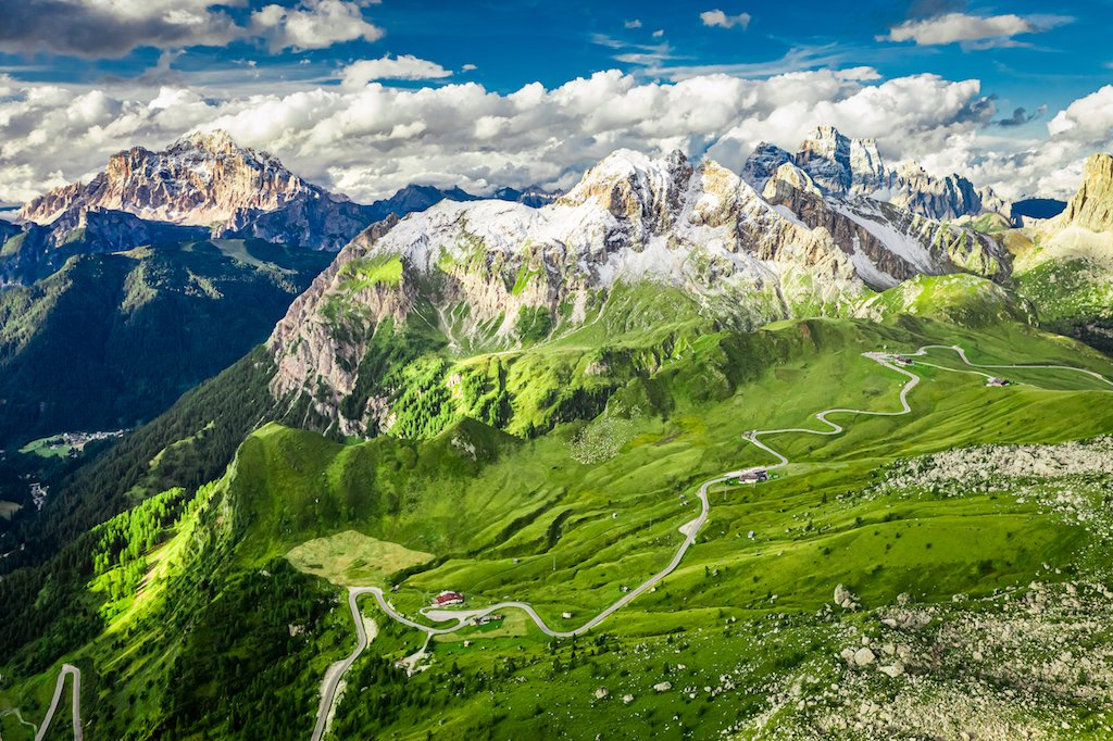 day-long motorcycle routes in the Alps