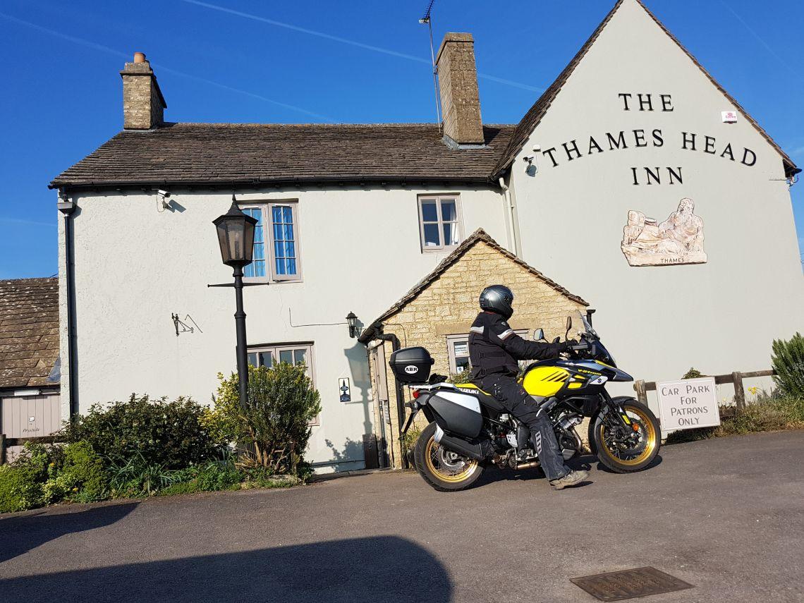 Thames Head Pub