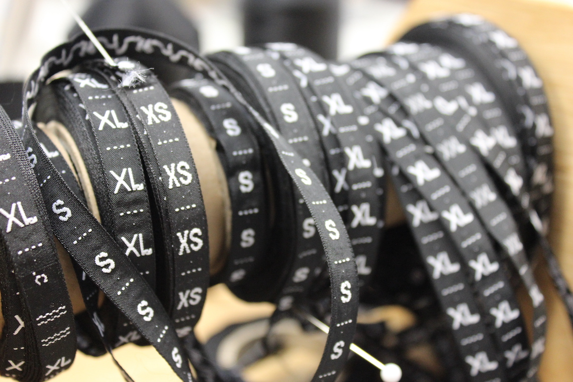 ribbons of sizing labels