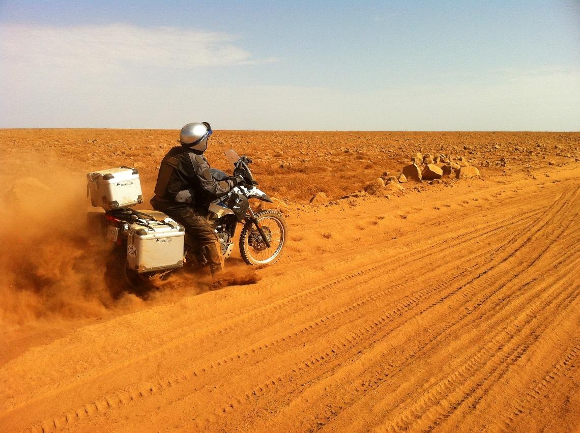 Moto-Africa Powder Perferct by Willem de Wet