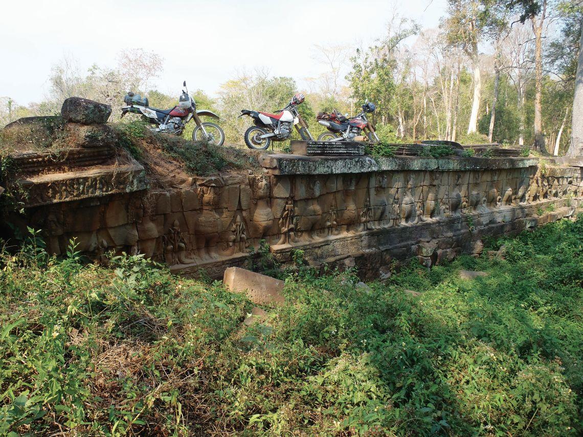 Temple-Bridge