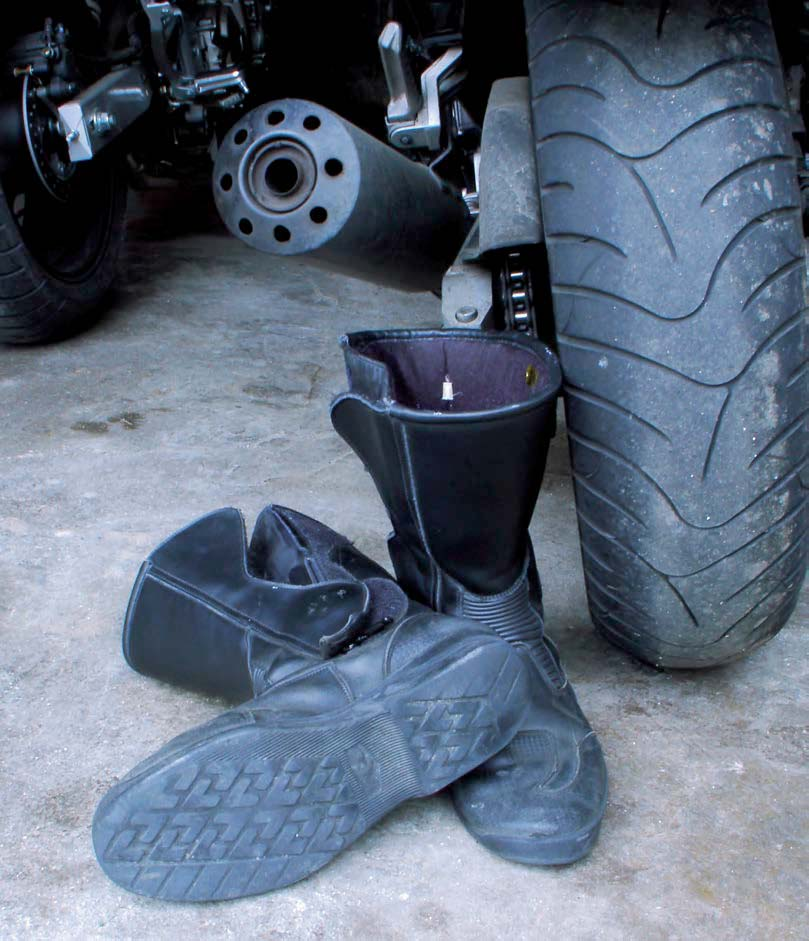 boots-touring-adventure