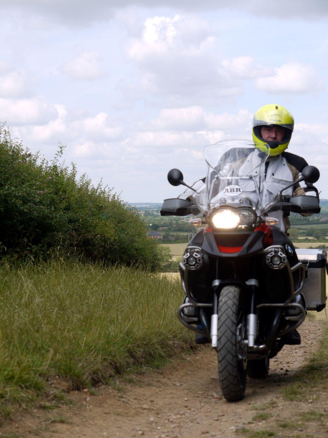 BMW-R-1200-GS-Adventure-riding