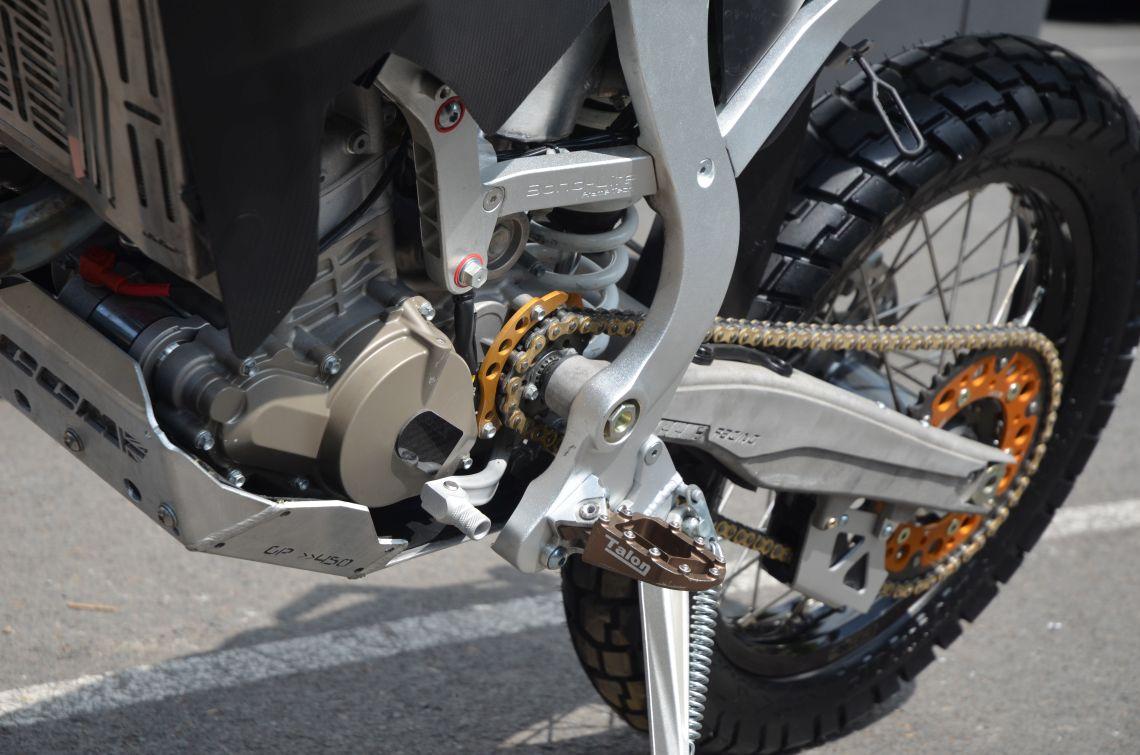Front sprocket mounted on swingarm pivot