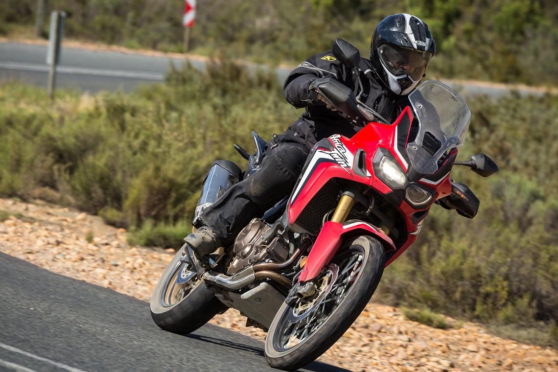 Honda-CRF1000L-AfricaTwin-YM16-1008C