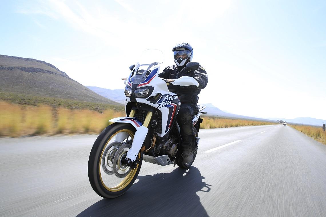Honda-CRF1000L-AfricaTwin-YM16-D944