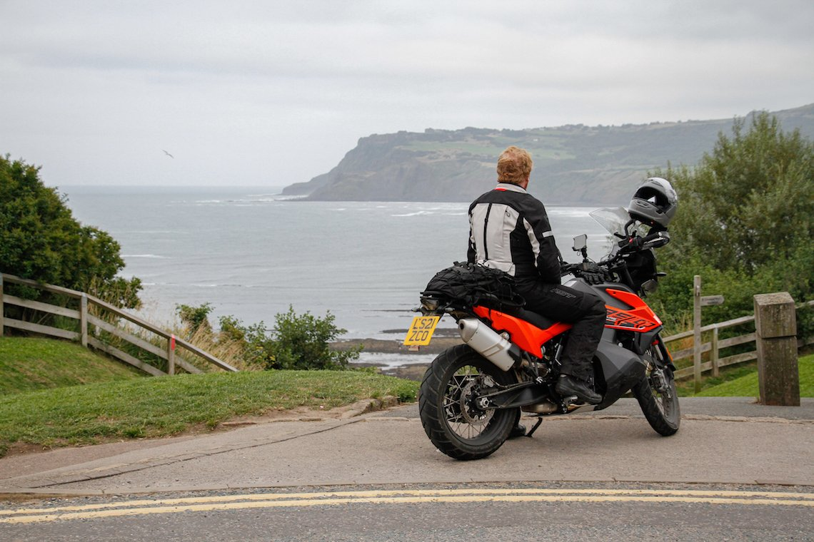 robin hood's bay and the end of the road